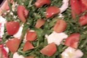 Pizza rucola, stracchino e pomodorini