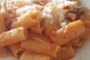 Tortiglioni all'amatriciana