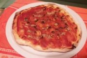 Pizza all'amatriciana - romana bassa e croccante